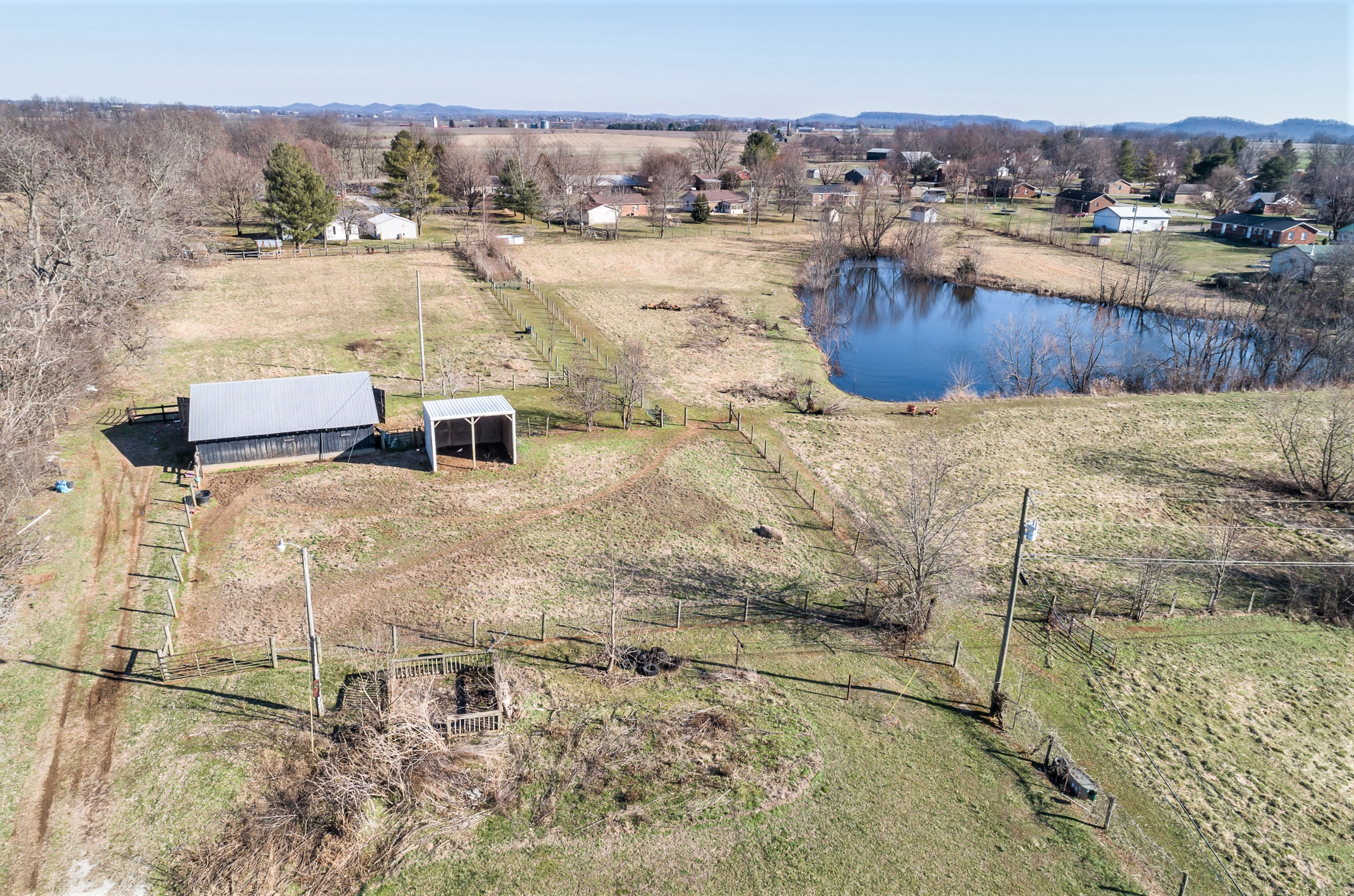 280 Caudill Lane – Lebanon 6.68 Acres (+/-) Plus Barn, Shed & Pond