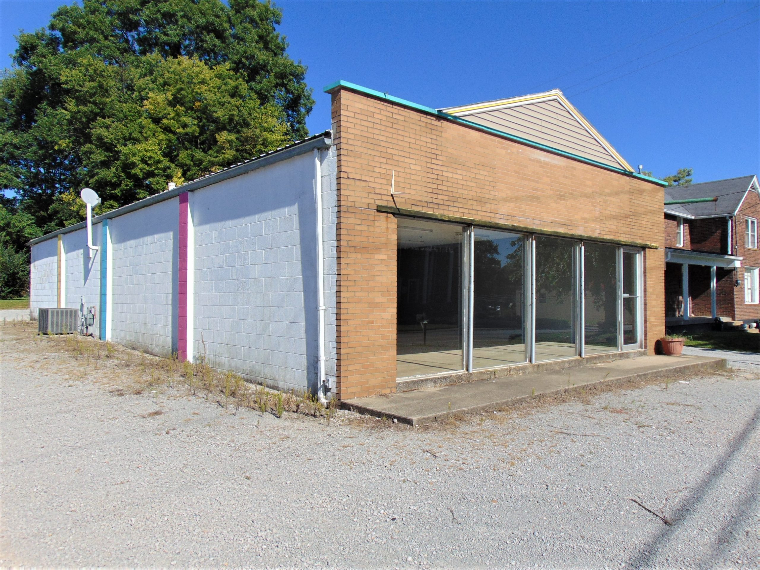 Commercial Building 602 S. Central Avenue – Campbellsville