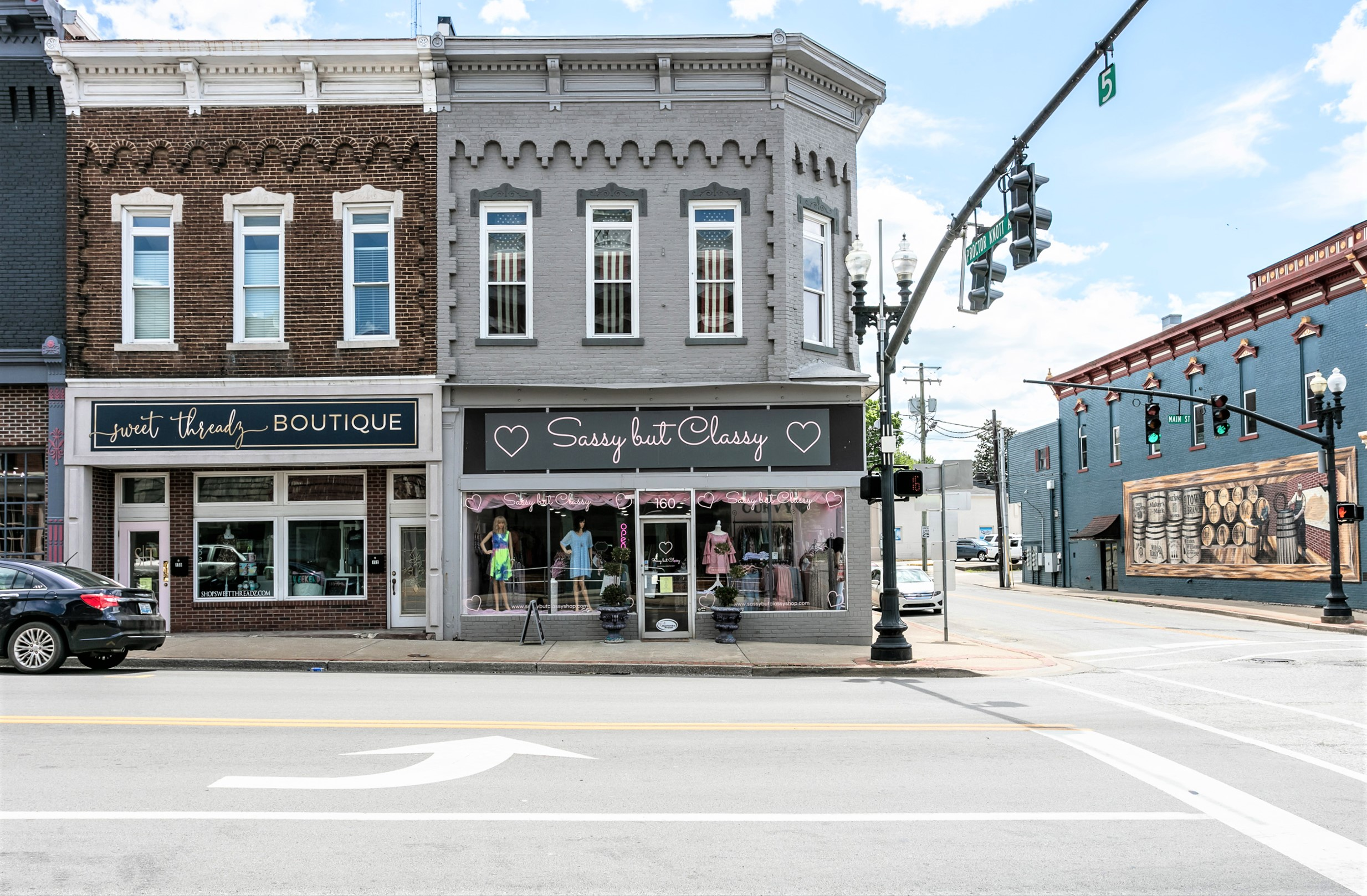 160 W. Main Street – Lebanon Commercial Building Central Business District